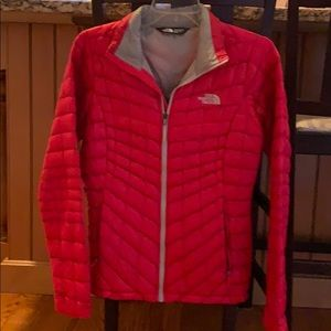 NWOT The North Face Thermoball Jacket